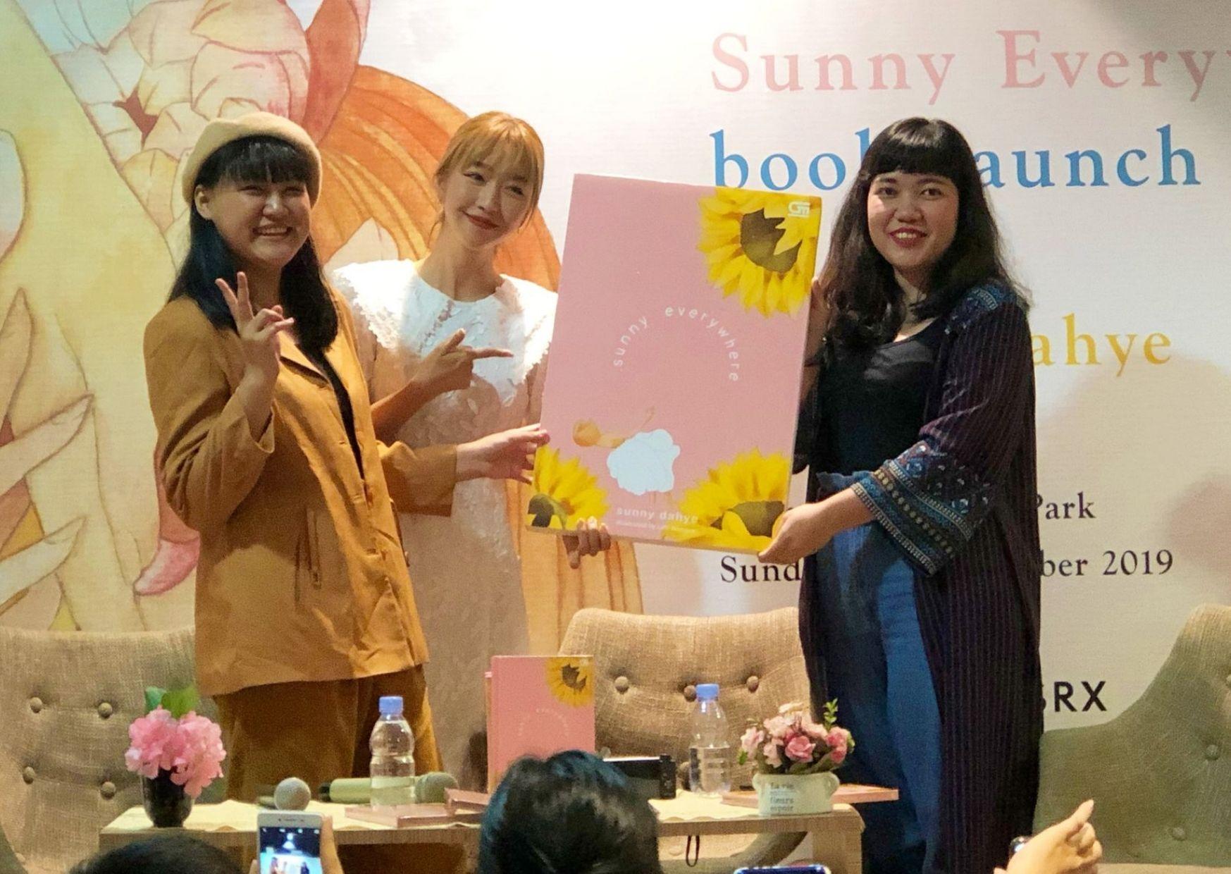 Peluncuruan Buku Sunny Everywhere Gramedia